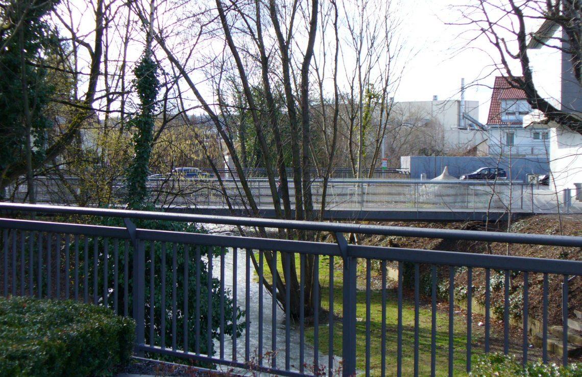 Fußgängersteg bei R38 Metzingen