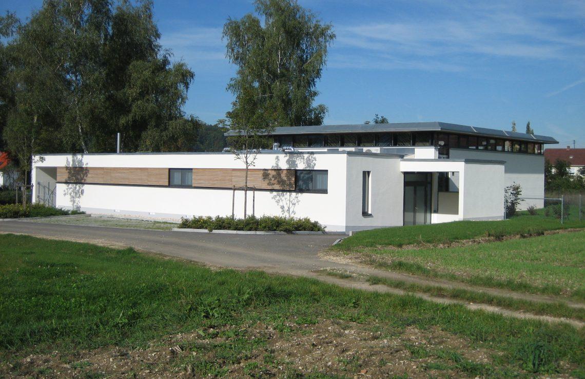 Aussegnungshalle Linsenhofen