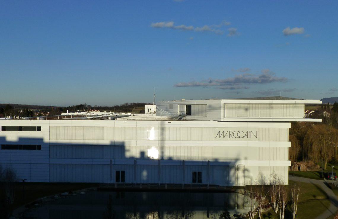 Büro- und Fabrikgebäude